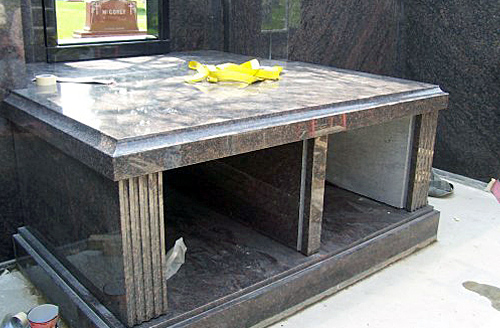 Private Mausoleum Design in Chicago, Illinois
